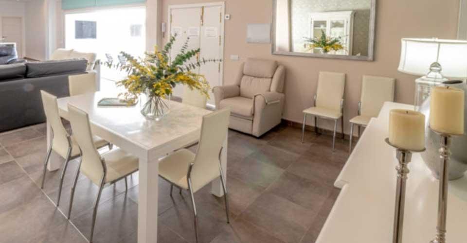 Alquiler de apartamento con mobiliario de lujo